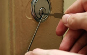 Door locks Bottesford